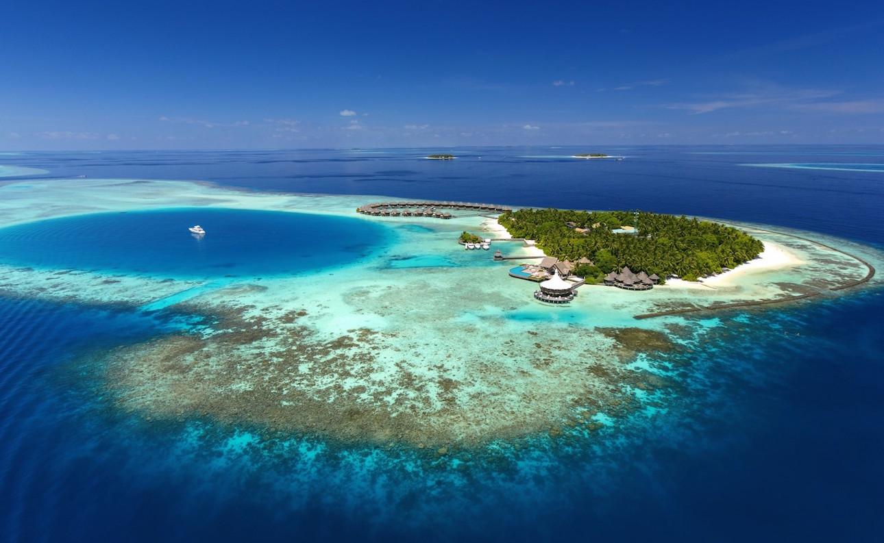Los 12 hábitos 'spanish' que podemos mantener en Maldivas y 1 que no...