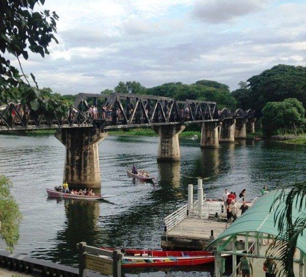 Viaje para descubrir Tailandia: paisajes, templos, Kwai y Krabi