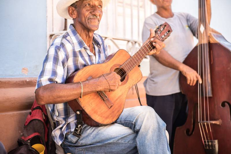Cuba, de oriente a occidente en autobús
