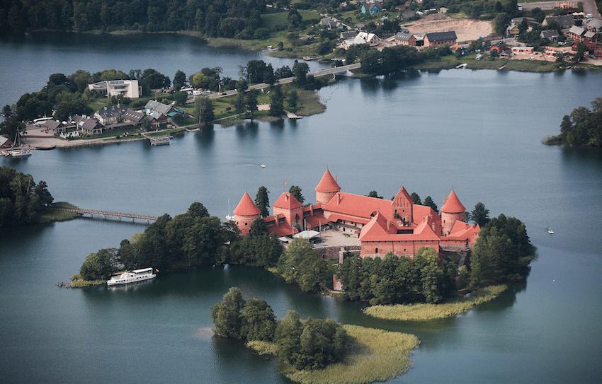 Ruta económica y con media pensión por los Bálticos