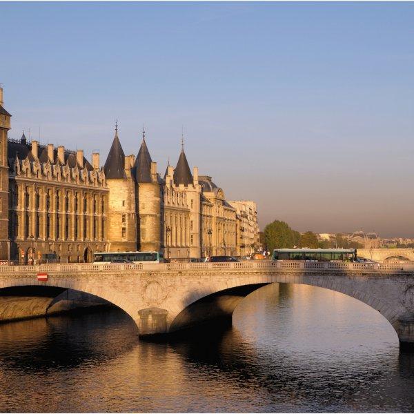 París paseando por sus calles