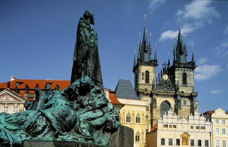 Descubre el encanto de Praga en verano